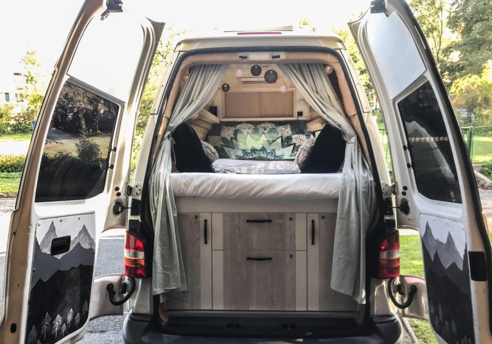 VW T5 Karel. O tom, že přestavbu dodávky zvládne i holka!